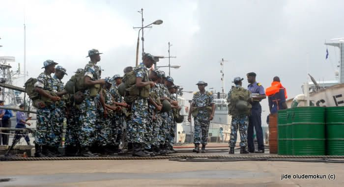 Nigerian Navy declares war on Niger Delta Avengers http://ift.tt/2lYKRmP