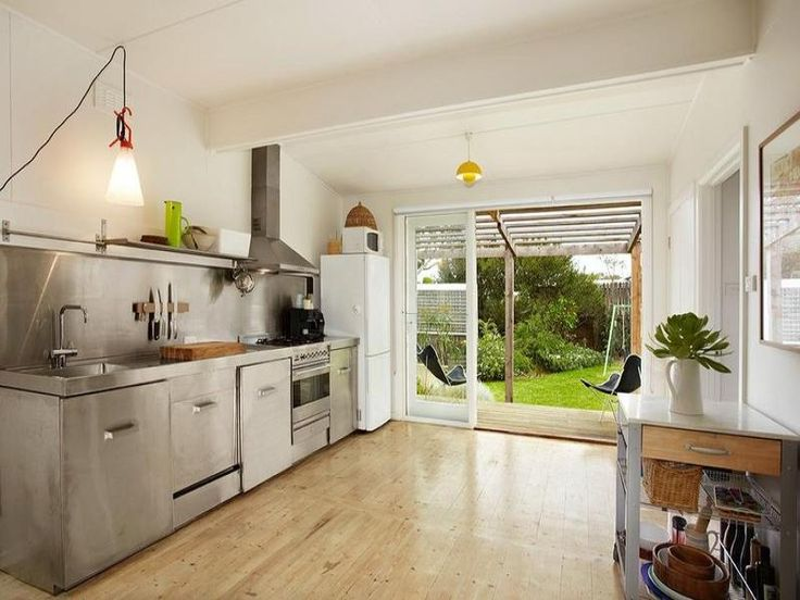 fibro beach shack kitchen - how do they reach the microwave? - desiretoinspire.net