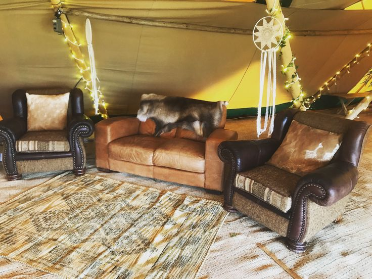 Apache Events Chesterfield Chill Out Set is the perfect add on to your lounge area within our Giant Hat Tipis 👌