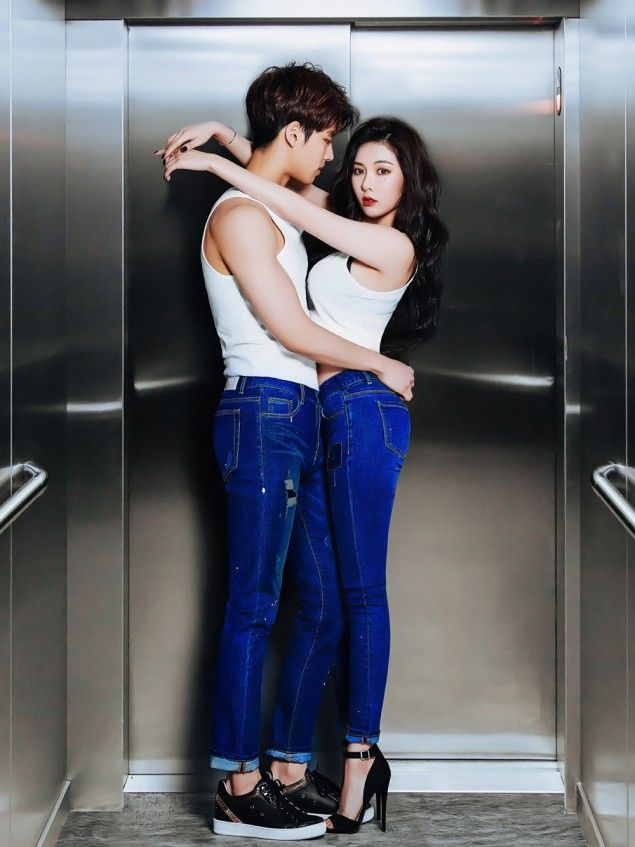 Clriden Jeans Hug Hyuna S Curves In New Photo Shoot Hyuna Fashion Hyuna Body Photoshoot