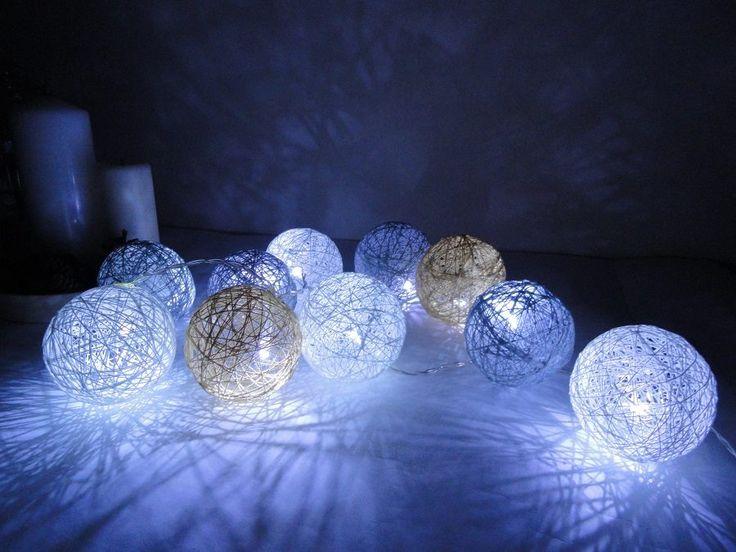 Takie piękne kuleczki ostatnio sobie zrobiłam :) Jak się Wam podobają moje cotton balls?   Zapraszam obserwowania moich innych tablic na zszywce :)  Może kogoś zainspiruję swoim szyciem, DIY, przeróbkami ;)