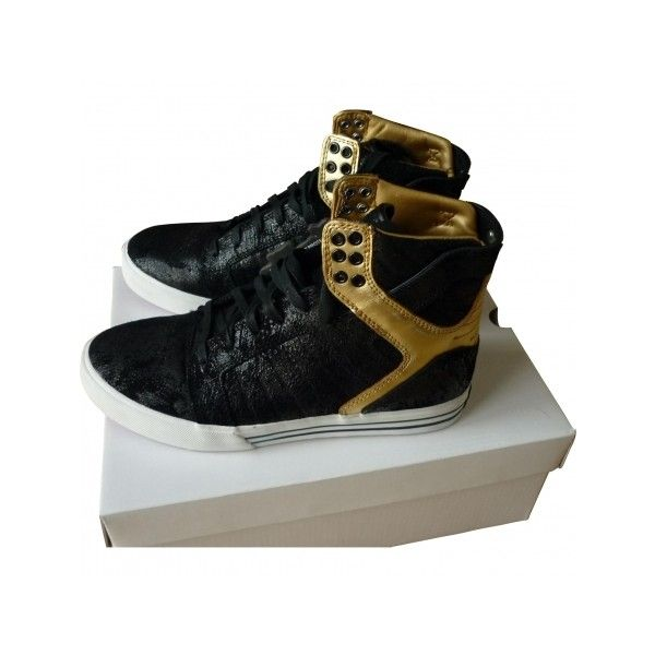 Pre-owned Supra Trainers (160 AUD) ❤ liked on Polyvore featuring shoes, sneakers, shoe's, black patent sneakers, supra sneakers, patent shoes, patent leather shoes and patent sneakers