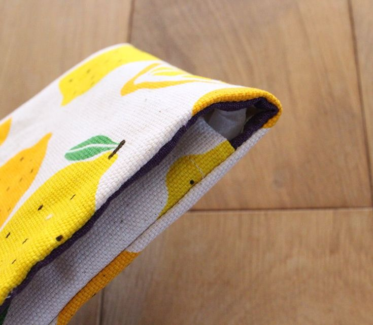 ハンカチみたいなワンポケットポーチの作り方 : ハンドメイドダイアリー 夏の夕べのガタガタ日記
