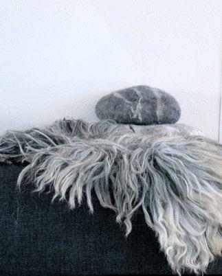 hand gevilt schapen vacht schapenvacht vloerkleed vilt vilten design bio