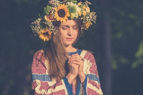 The International Day of the Romanian Blouse. Credits to Alex Iacobescu