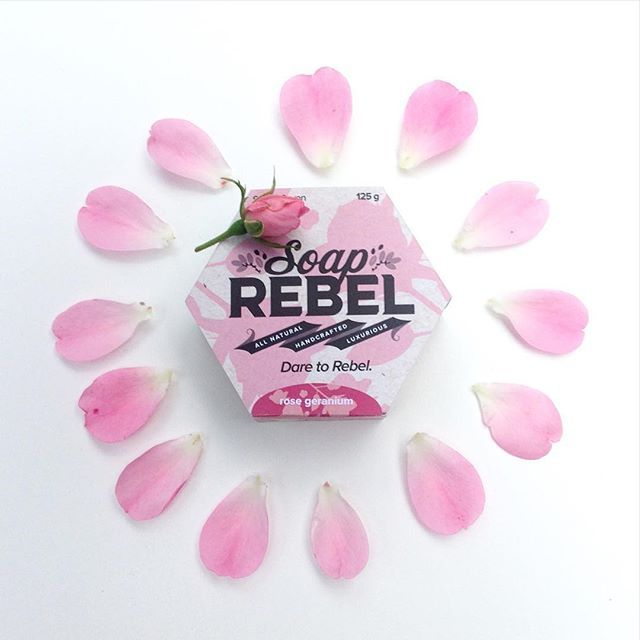Up your #bathgame with rose petals and this beauty! Our rose geranium soap is scented with the finest pure essential rose geranium oil and infused with powdered organic rose hips. It'll send you to heaven... at least for the duration of your bath! 🌹🛀
