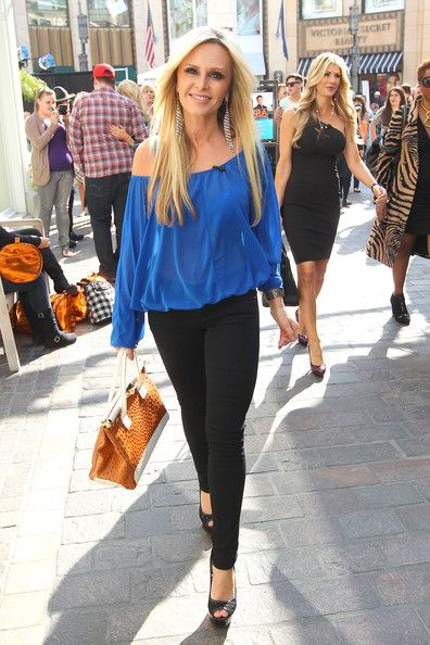 Love the off the shoulder blouse