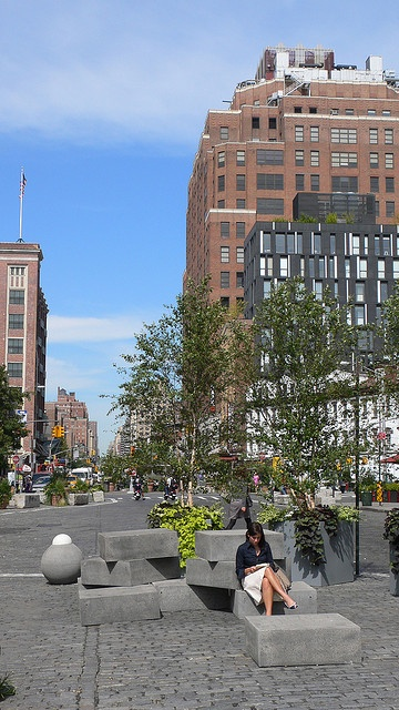 Gansevoort Plaza / Meat-Packing District@Public Space, via Flickr.