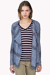 Wrap yourself in this stylish and warm cardigan. Open styling with oversized lapel in a heathered blend of yarns. Accent tape along the neckline. Longer styling that covers the hips. Hilfiger Denim heart charm on the lapel, flag on the sleeve. <br/><br/>Our model is 1.76m and is wearing a size S Hilfiger Denim cardigan.