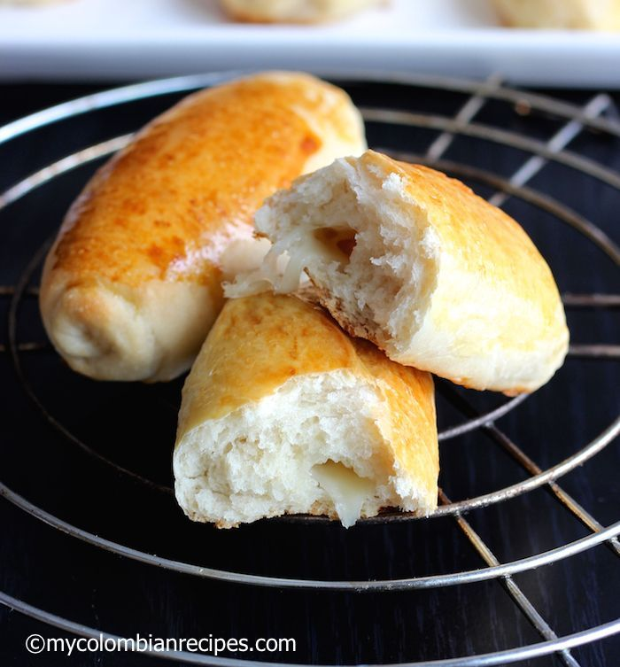 Pan Blandito Colombiano (Colombian Soft Bread) |mycolombianrecipes.com