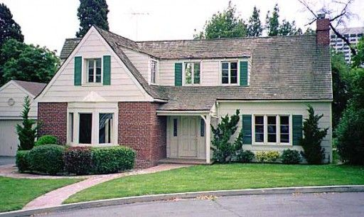 """The house was built on the back lot of the Warner Bros. Ranch (on West Oak Street in Burbank, California). It sits alongside other famous facades used for classic shows like """"The Partridge Family,"""" """"Gidget,"""" and """"I Dream of Jeannie.""""    Here's how the """"Bewitched"""" house looks today:"""