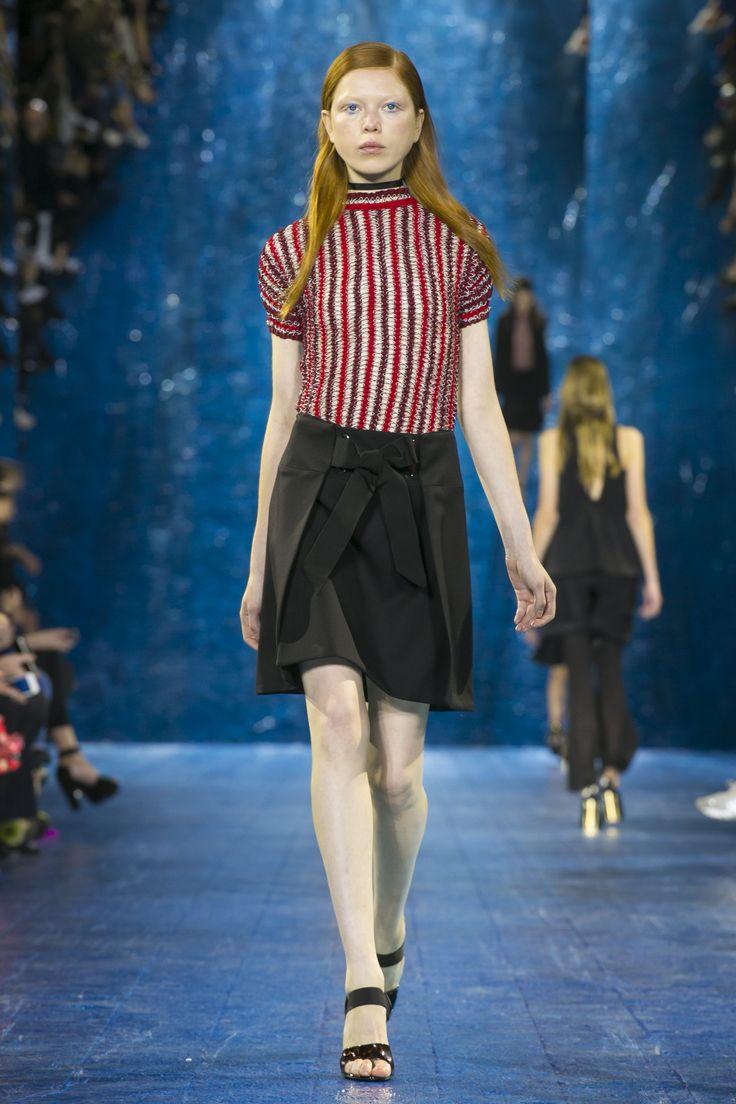 Look 32. Elastica T-Shirt Top & Pomeroy Skirt