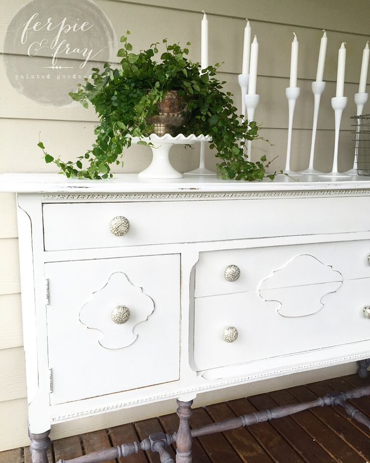 Dresser Painted By Amanda Of Ferpie And Fray In General Finishes Snow White