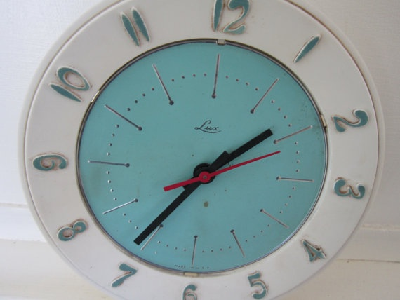 Vintage 1960s Wall Clock  Lux ElectricVintage Technology, House Ideas, Cottages House, Vintage 1960S, Dining Spaces, Vintage Electronics, Clocks Luxe, 1960S Wall, Luxe Electric