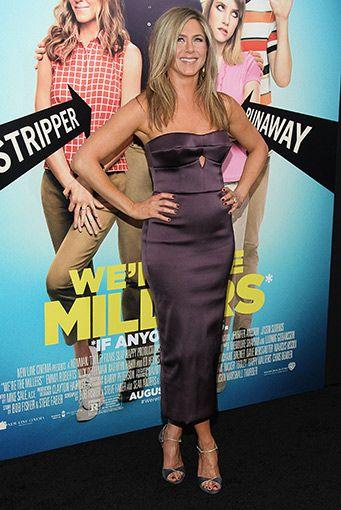 Jennifer Aniston - Elbise: Burberry
