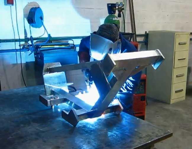 Soldadura en aluminio. #soldadores #herrería #calderería