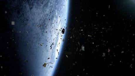 Deșeurile din spațiu, un pericol din ce în ce mai mare pentru sateliți și nave