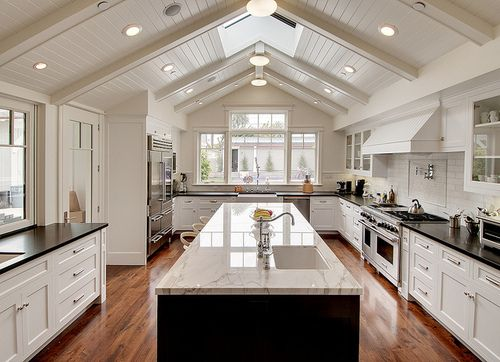 basic cabinets 25 best ideas about vaulted ceiling lighting on 10961