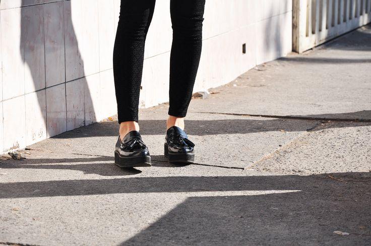 #lapetiteduchesse #glam #style #fashion #topshop #mango #mocassin #patent #texture #shoes #platform