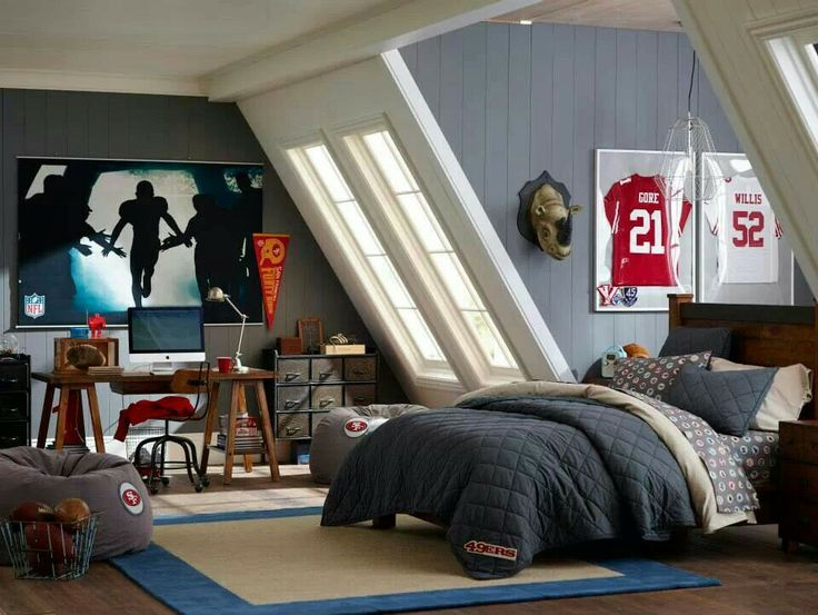 1000 images about bray room on pinterest football for Boy football bedroom ideas