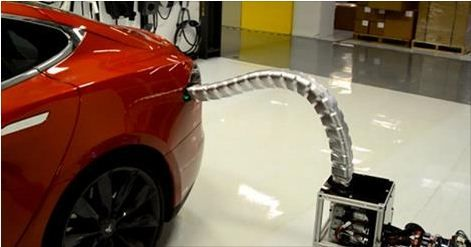 Tesla Snakebot autocharger prototype (Video)