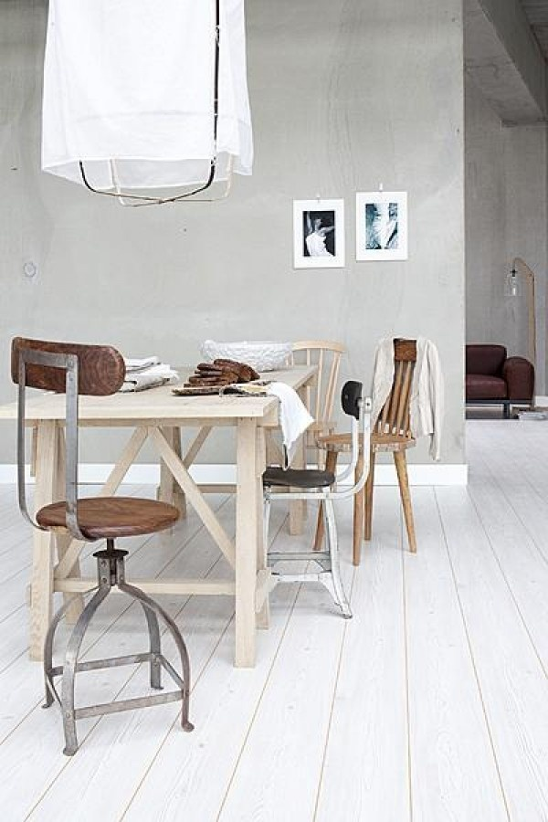 = cotton lamp and vintage chair
