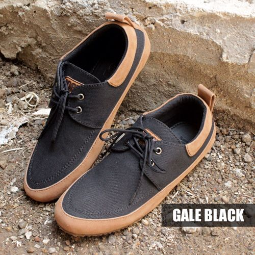 GALE BLACK | IDR 250k | SMS KETIK NAMA_KODEBARANG_SIZE_ALAMAT kirim ke 08164218191  #sepatu #sepatuhandmade #sepatubandung #giantflames #joeythefootwear #ready #shoesholic #shoes #sepatucowo #boot #boots #zapato #footwear #menfootwear #streetfootwear #hipster #streetwear #lookbook