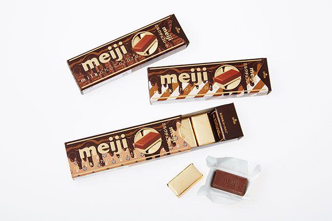 明治×Q-pot.、限定パッケージの「明治ミルクチョコレートスティックパック」が発売   ニュース - ファッションプレス