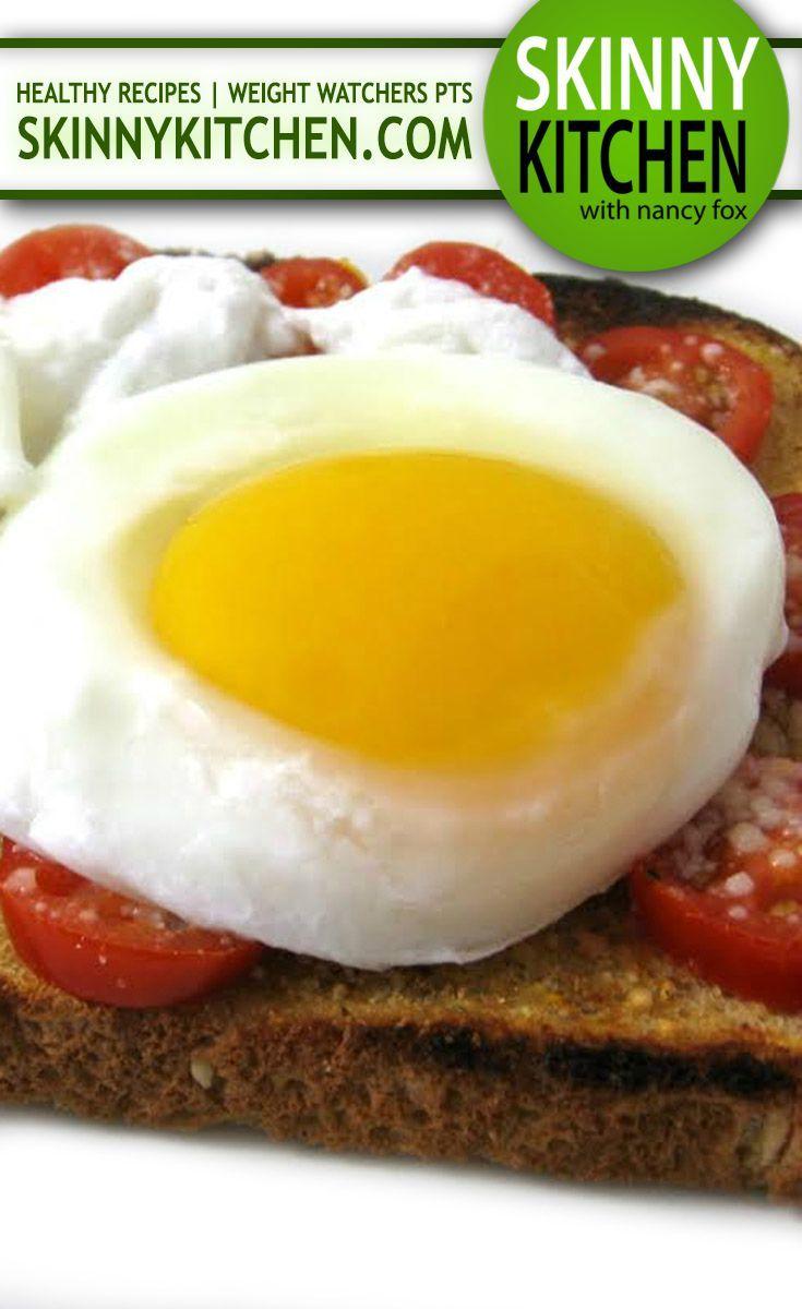 Poached Egg on Skinny Parmesan Tomato Garlic Toast ...