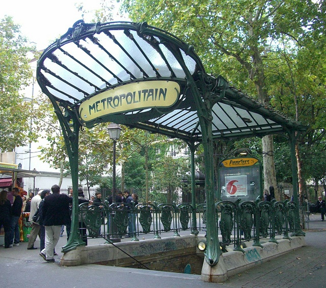Les Abbesses, Paris XVIIIe – Architect Hector Guimard, 1900, metro stop has interior walls painted with mosaics.