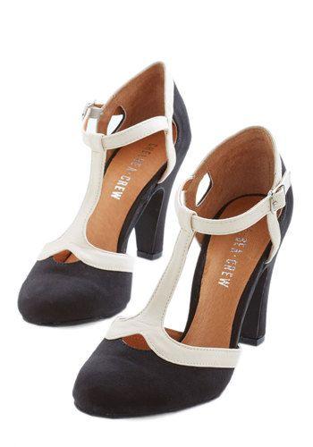 No Limit on Lovely Heel in Monochrome | Mod Retro Vintage Heels |  ModCloth.com