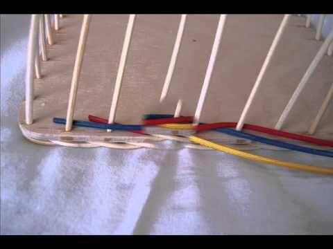 Základní návod na opletek třemi pruty, který je jeden z nejpoužívanějších.