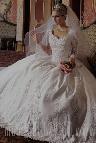long sleeve wedding dress gown