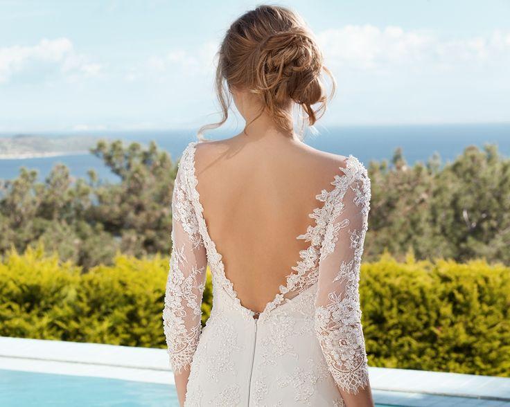 uzun kollu sırt dekolteli, dantelli gelinlik modelleri-nişantaşı sırt dekolteli gelinlikler-nova bella gelinlik