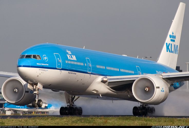 KLM - Royal Dutch Airlines  Boeing 777-206/ER  (airliners.net)