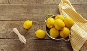 How to Use Lemon for Acne and Acne Scar Treatment? from www.lethow.com