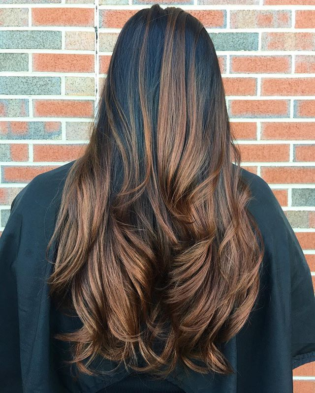 🌰🍁🍂 #fallhair for the first day of fall #balayage #brunnettebalayage