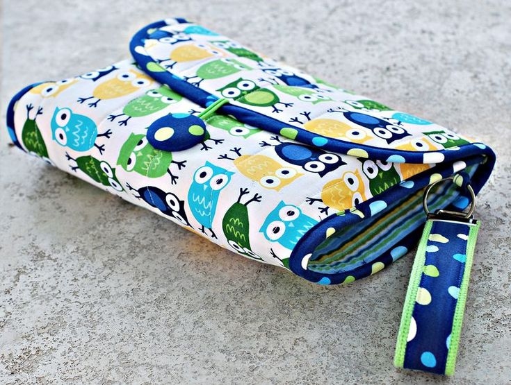 Tutorial on how to make a diaper pouch... Great baby gift