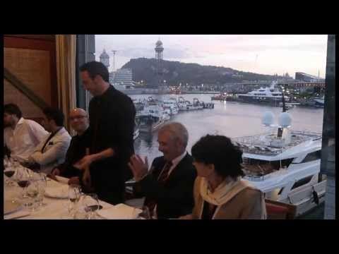 Reportaje televisivo sobre Carlos Fortuna, ilusionista corporativo profesional.