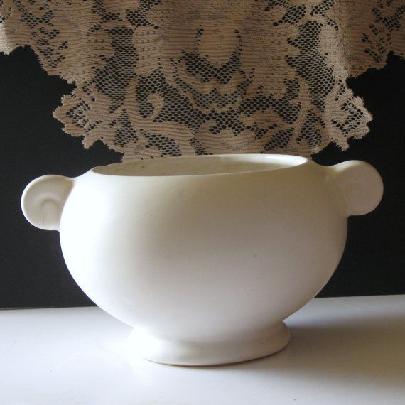 17 Best Images About White Floraline Pottery On Pinterest Wedding Preparation Mccoy Pottery