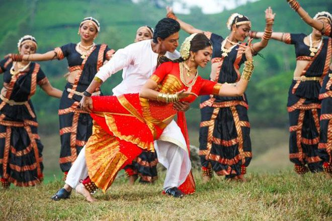 """'Chennai Express' Review: A Typical Sambar-and-Sandalwood Creation. Film: """"Chennai Express""""; Cast: Shah Rukh Khan and Deepika Padukone; Director: Rohit Shetty - Read more at: http://indiatoday.intoday.in/story/chennai-express-review-a-typical-sambar-and-sandalwood-creation/1/298716.html"""