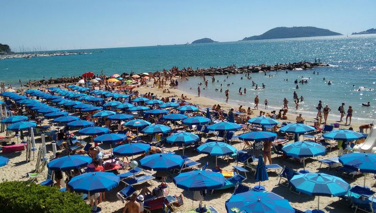 Tips for going to the beach in Italy.