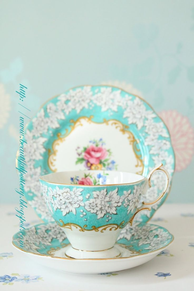 teatime.quenalbertini: Vintage china                                                                                                                                                      More