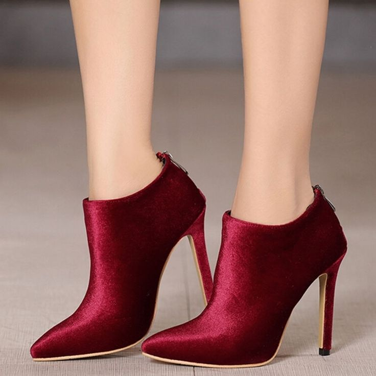 Shoespie Solid Color Chic Velvet Stiletto Fashion Booties