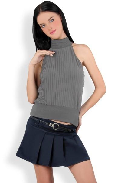 Abbigliamento da Donna  http://www.abbigliamentodadonna.it/minigonna-balze-p-584.html  Cod.Art.000691 - Minigonna a balze con abbinata una cintura impreziosita da numerosi luccicanti brillantini stile swarovski. Facile da indossare grazie alla comoda zip posteriore.