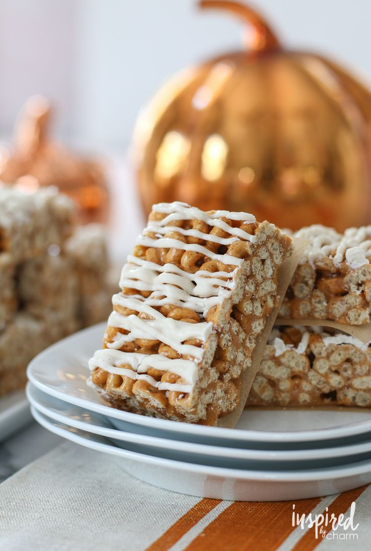 Make these easy numerous treats and put them out at any Fall get together, or store them at home for a snack! Pumpkin Spice Latte Fudge Bars by Chocolate Chocolate and More Pumpkin Bread Truffles by Sugar Hero! Butterscotch Pumpkin Cheerio Treat Bars by Inspired by Charm Pumpkin Patch Dirt Cups by I can Teach my Child Frosted …