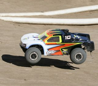 Short Course Racing Tips—5 Tips For Faster Laps - RC TRUCK STOP