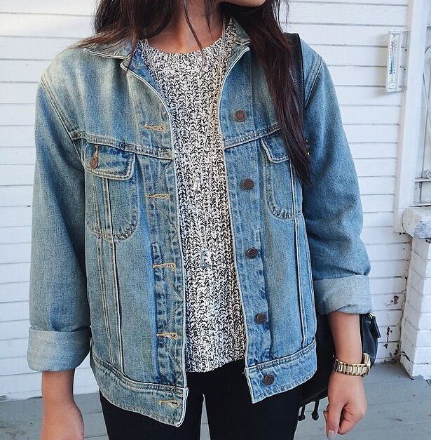 American Eagle  Denim jacket outfit  Silver sweater  Cute winter outfit