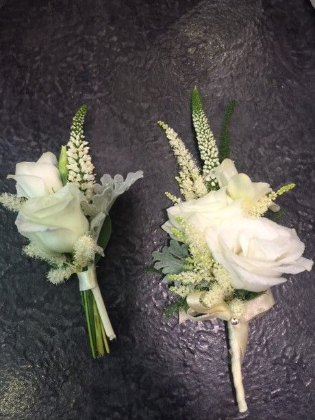 Boutonnieres: