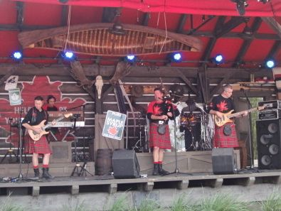 Off Kilter....my favorite band in Disney! They are in the Canada Pavillion.